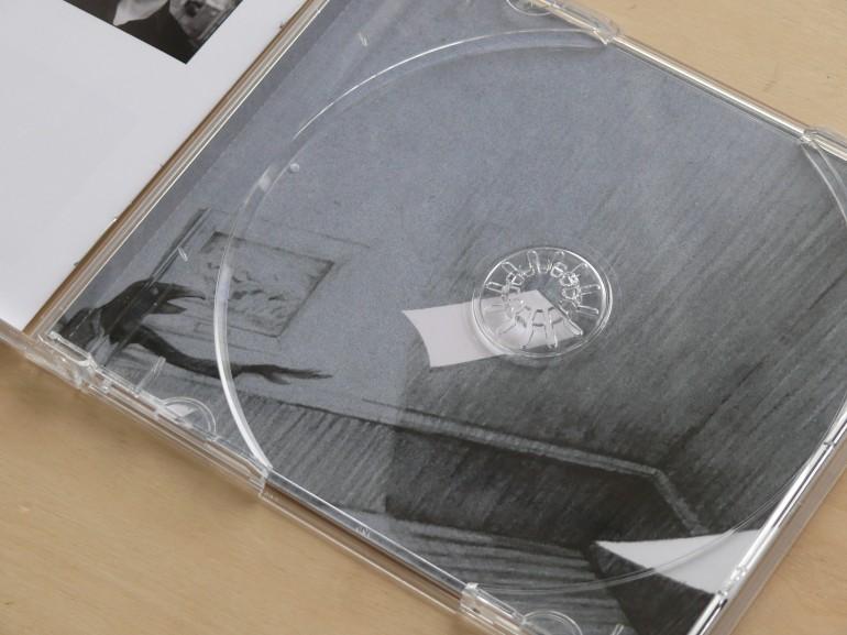 achter de cd