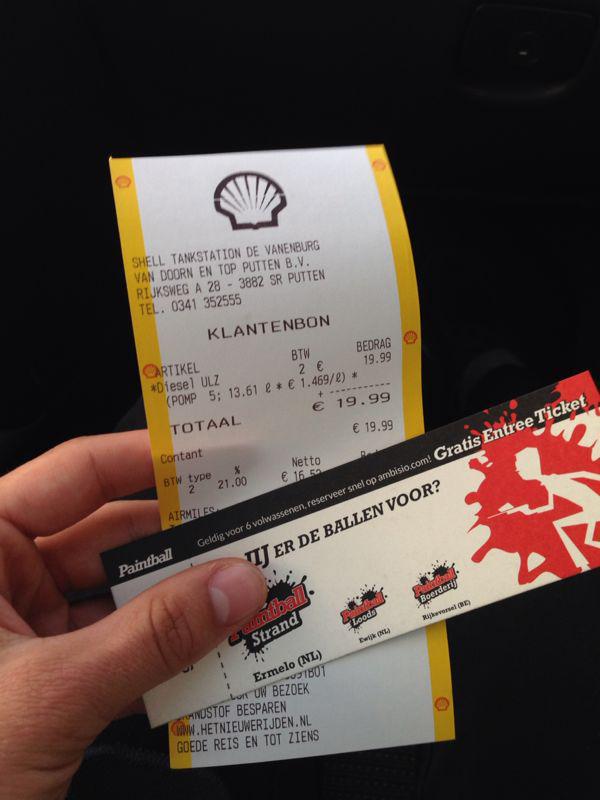 ontwerp free ticket bij tankstation