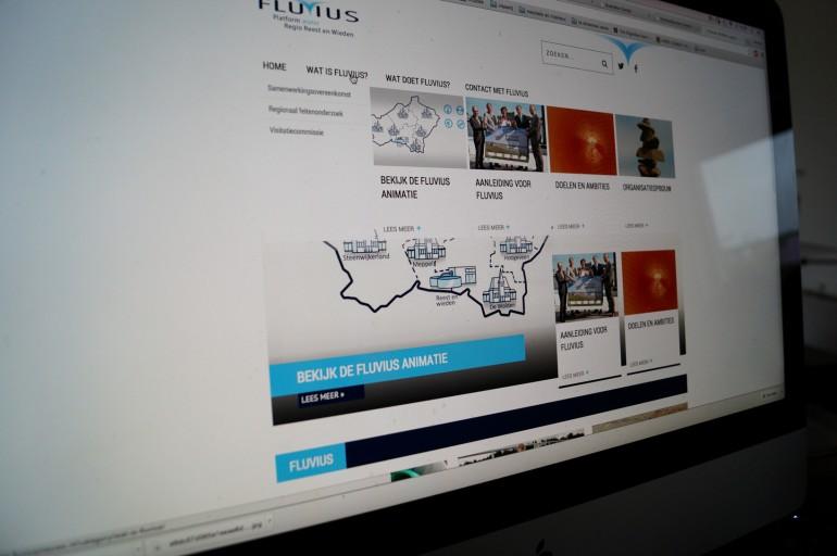 uitklapmenu website